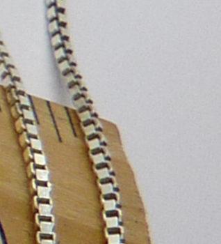 Hranatý stříbrný řetízek